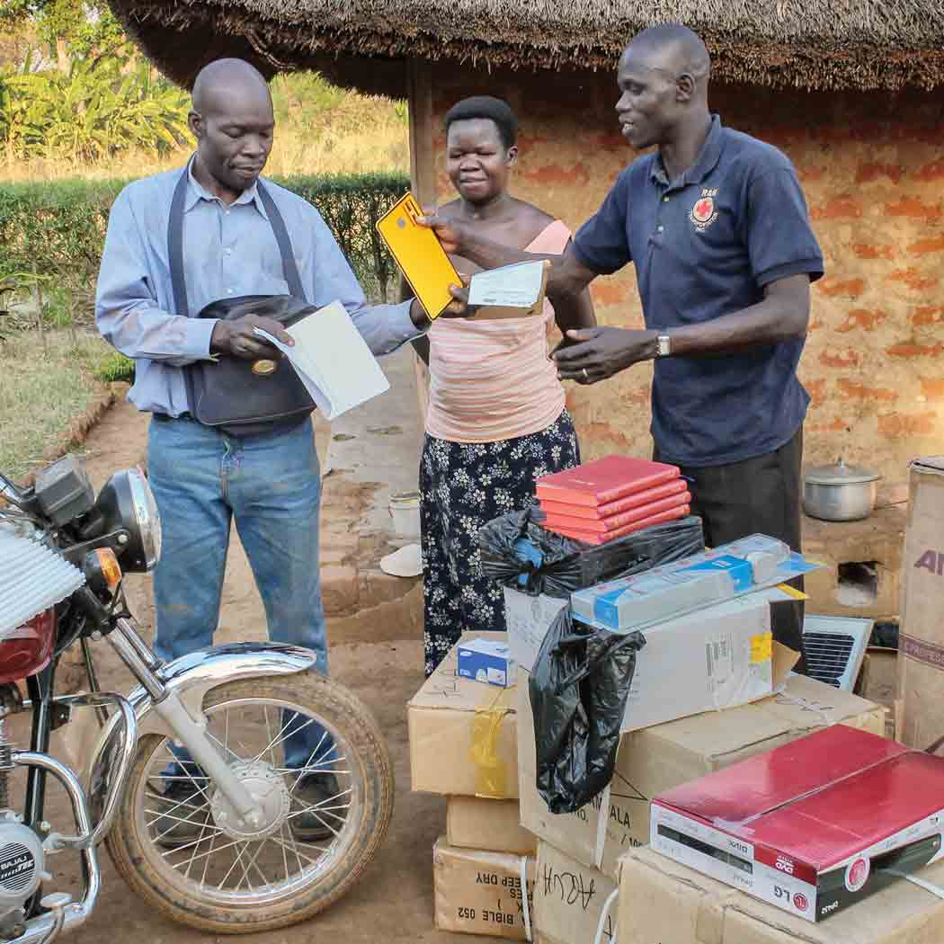 VOM supplies pastors and Christian workers in Uganda with tools to help them share the gospel.