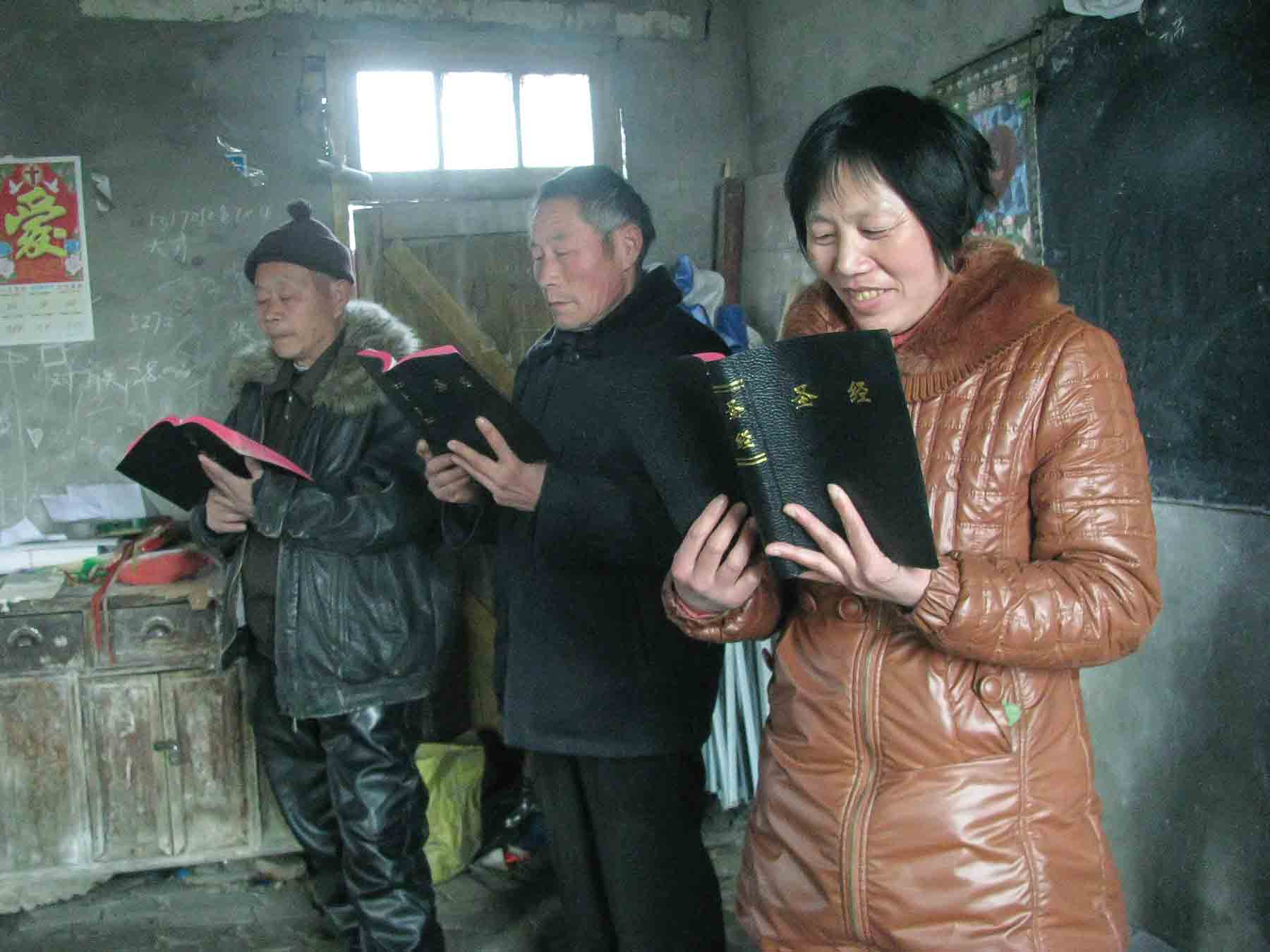 Village Christians have been forced to remove religious images and replace them with images of President Xi Jinping.