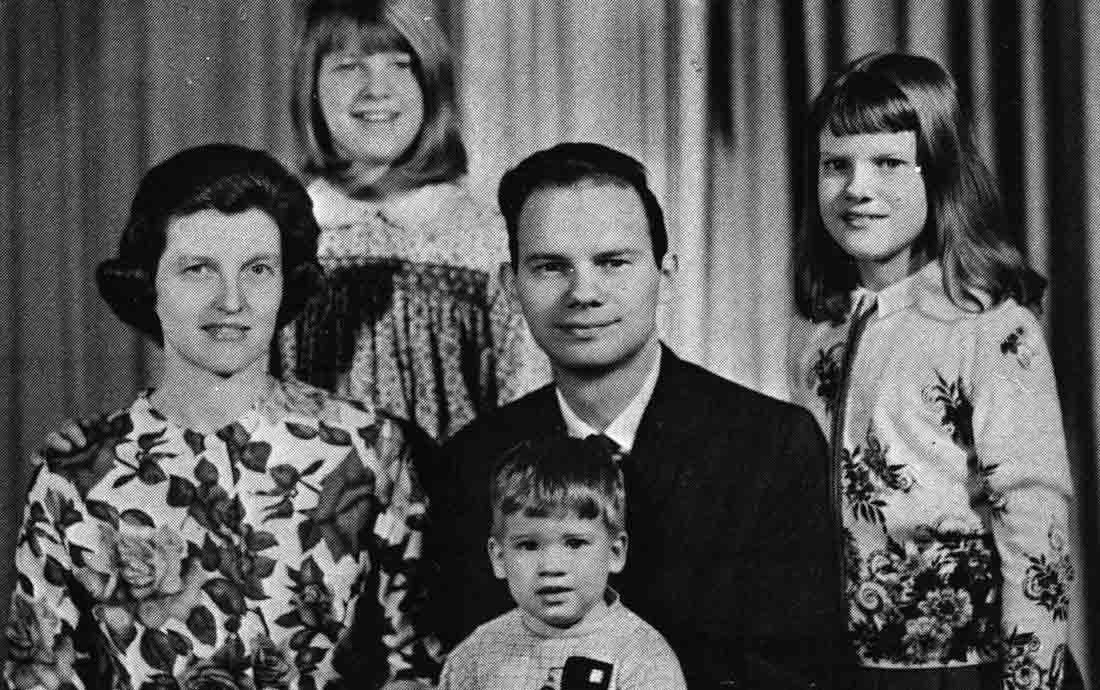 Mark, Gladys and their children in an earlier photo.