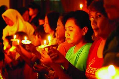 Christians in the Philippines mourn following an Islamic extremist attack.