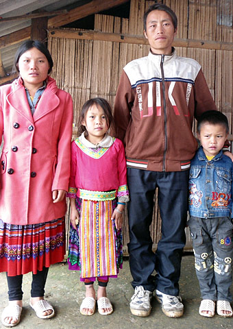 """Hmong House is """"Good News"""" for Elderly Refugees   CWS"""
